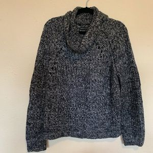 EUC Kendall and Kylie crown neck sweater